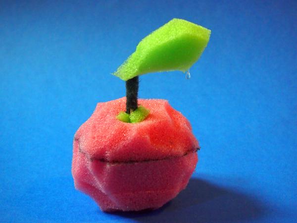 Apfel aus Schwamm