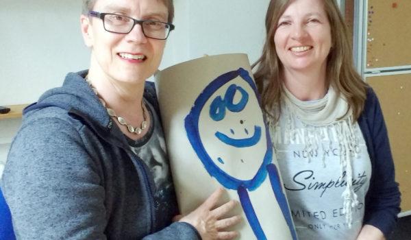 Kirstenmalzwei sind Kirsten Ehrhardt und Kirsten Jakob, die auf ihrem Blog über Erfolge, Widerstände und Ungereimtheiten bei der Inklusion schreiben.